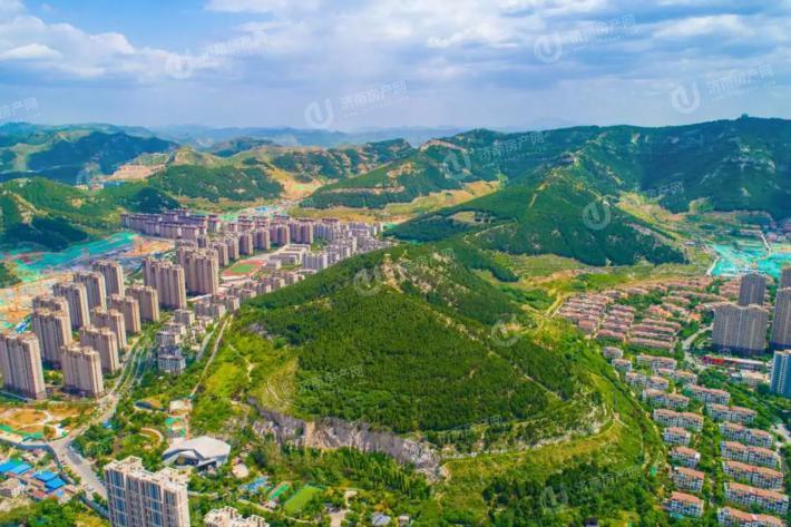 济南市市中区鲁能领秀城麓系洋房实景图2