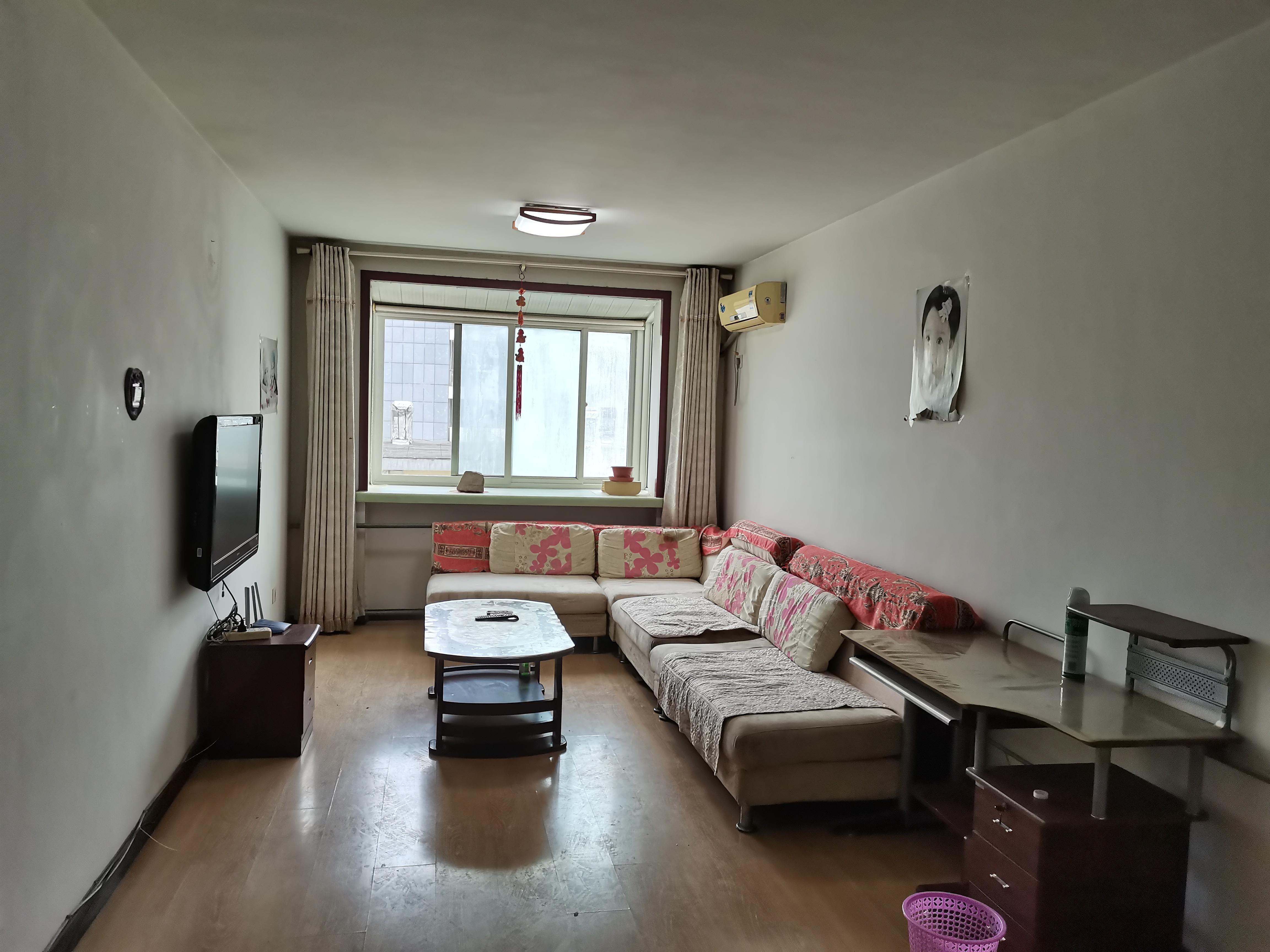 整租·吉屋出租,体院宿舍,拎包入住,月租3200元/月,至少租一年